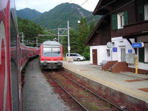 Vonatkereszt a Mittenwaldbahnon
