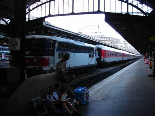 A Párizs-München Cassiopea nevű CityNightLine vonat, 840 km utazás vár még rám