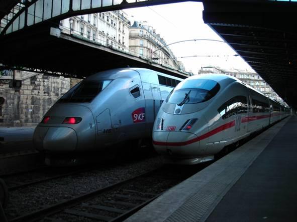 SNCF TGV POS és DB ICE 3 békésen egymás mellett Paris Gare de l'Est pályaudvaron