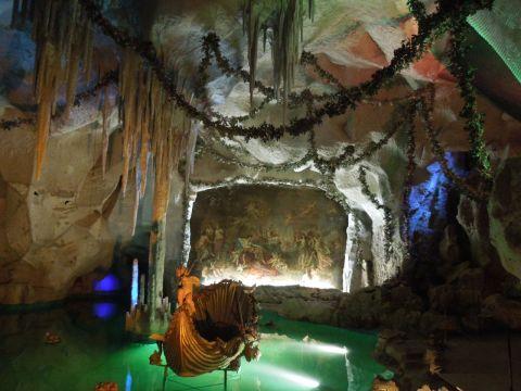 Schloss Linderhof cseppkőbarlang