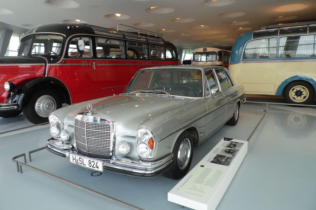 mercedes múzeum Mercedes Benz S osztály, W108