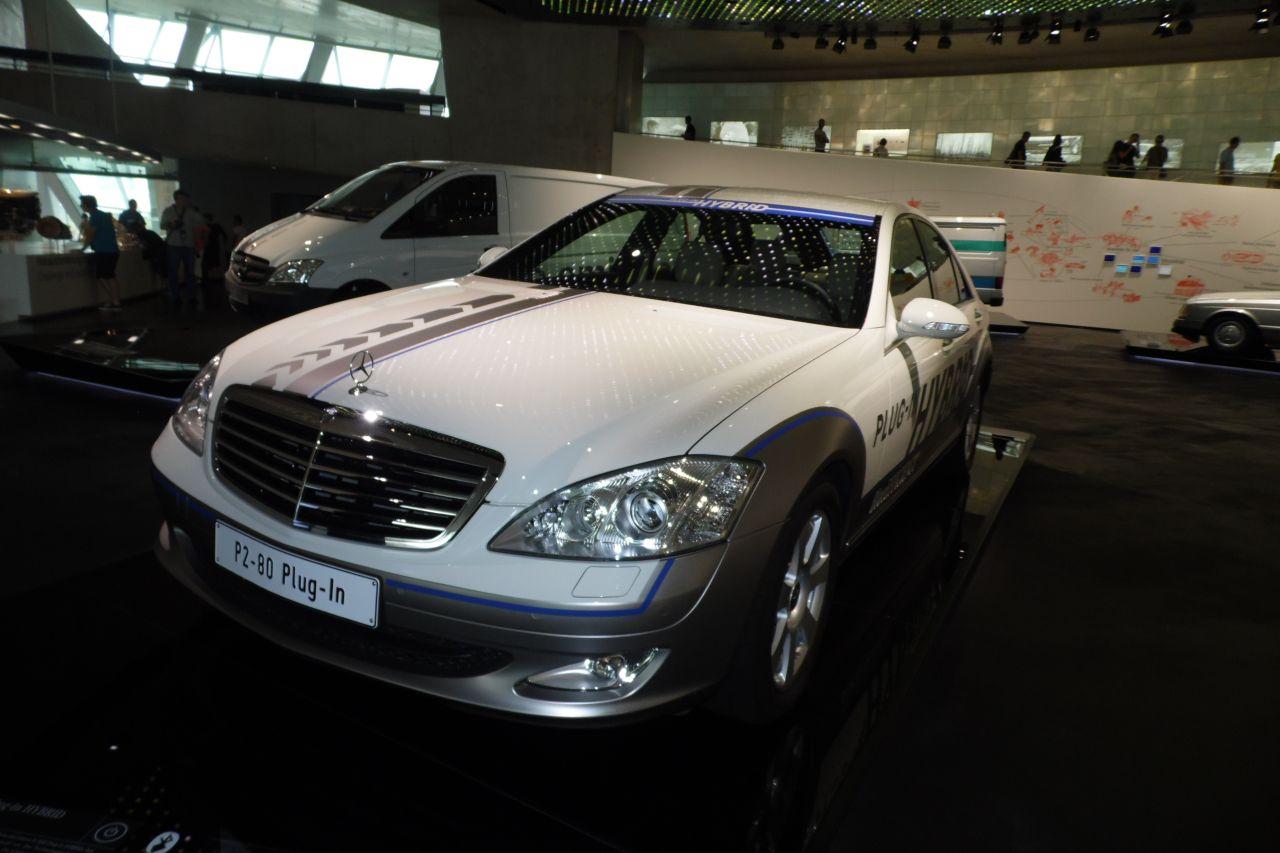 mercedes múzeum Mercedes Benz Vision S500 hibrid hajtással