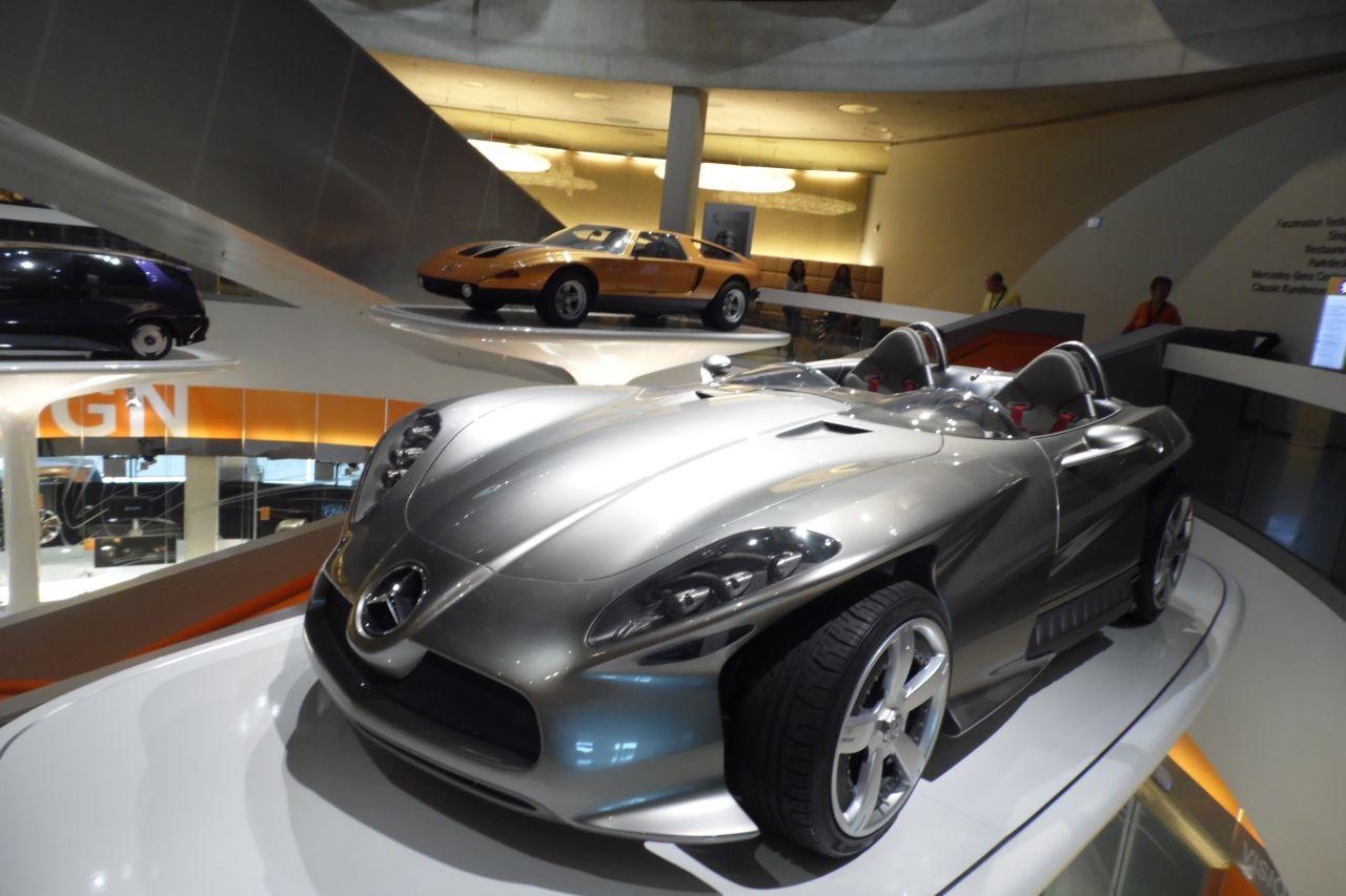 mercedes múzeum A Mercedes-Benz F400 koncepció