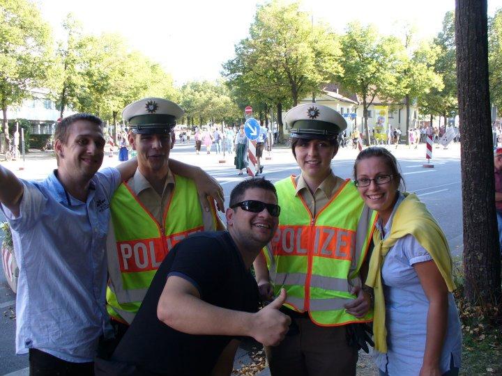 oktoberfest rendőrök