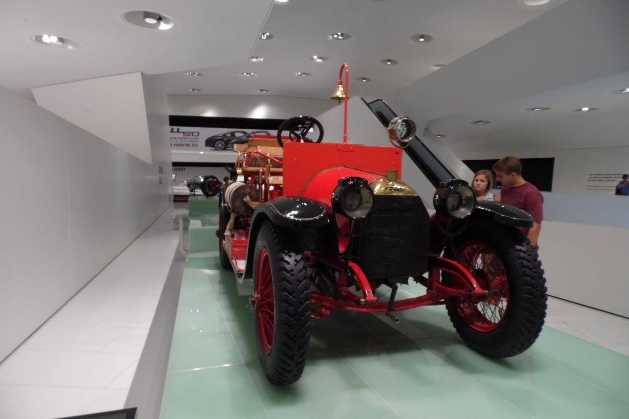 Austro-Daimler tűzoltóautó porsche múzeum