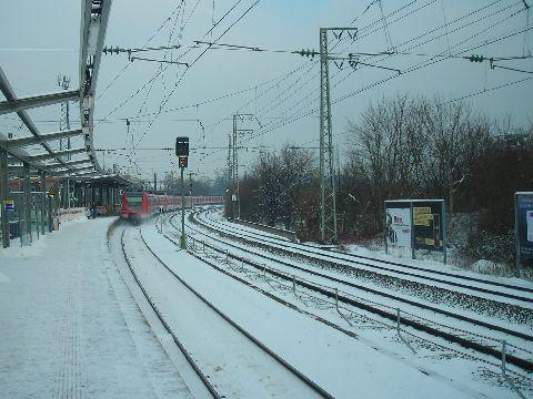 Westkreuz, itt ágazik el az S6 és az S8 Sbahn vonal