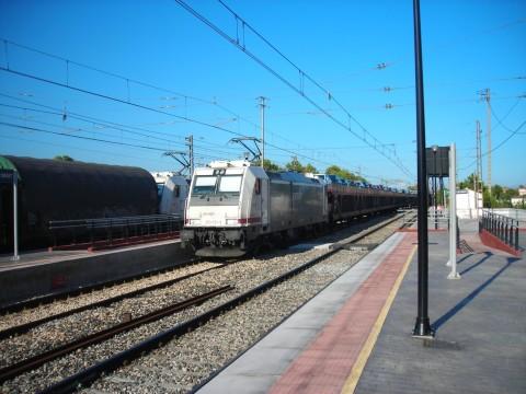 Széles nyomtávolságú TRAXX mozdonyok a RENFE teherszállításánál