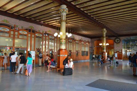 Valencia Estació del Nord jegypénztárak