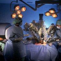 A sebészeti robotok evolúciója