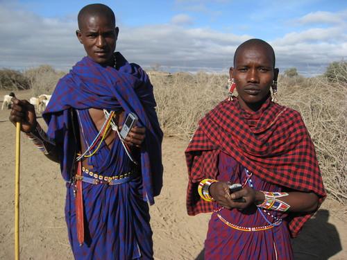 Kenyai hölgyek csatlakoznak