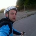 A kamukirálynak a bringa marad