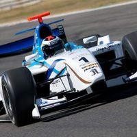 GP2 masinát tesztelt Lorenzo