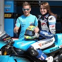 Elena meglovagolta a MotoGP Suzukit