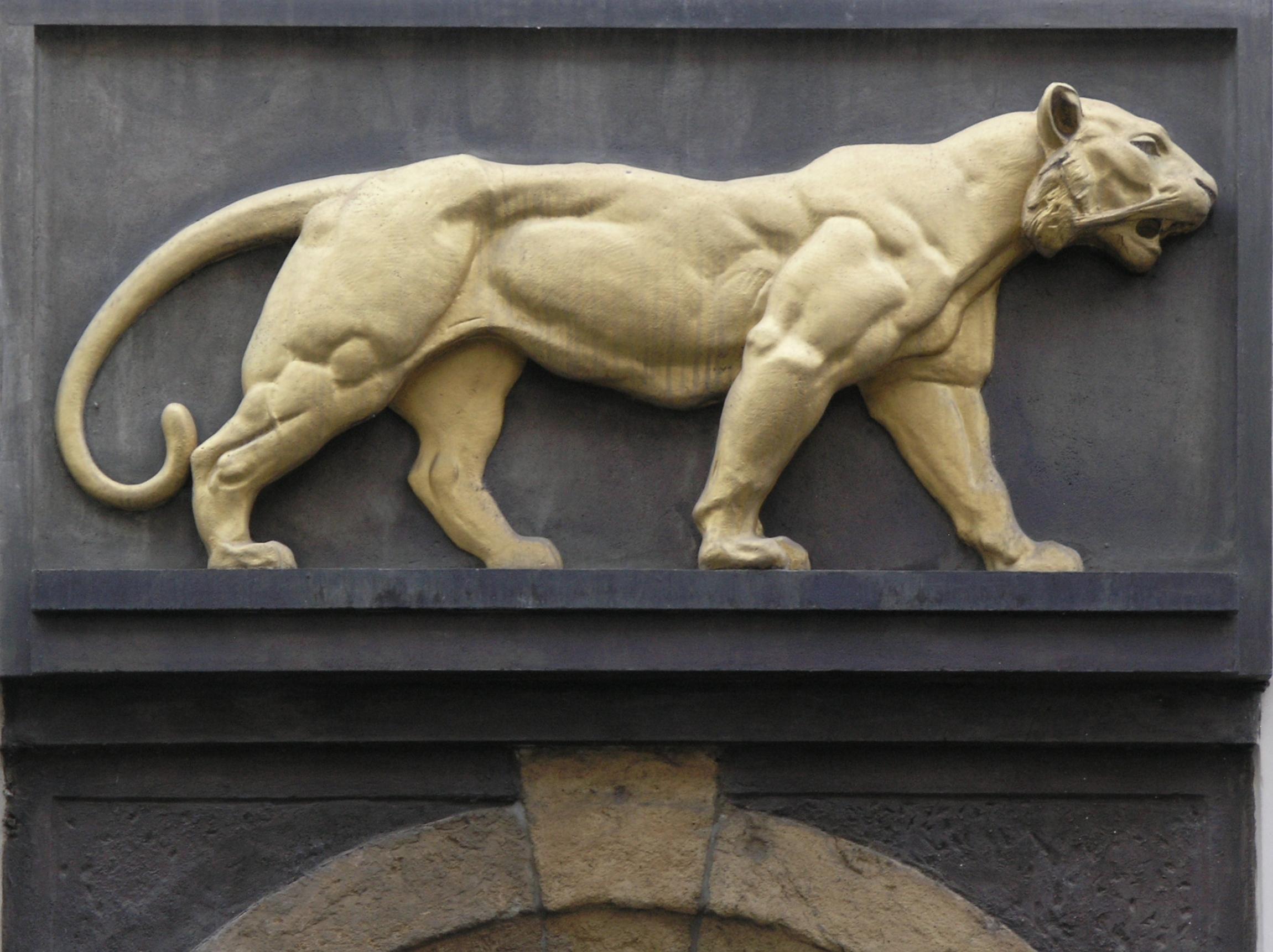 arany-tigris-kocsma.jpg