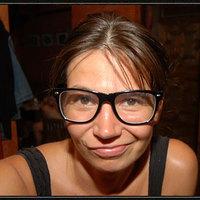 Eszti (18) - bartendress - Budapest