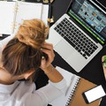 Kockázatos hármas: fájdalom, sok stressz és kevés alvás
