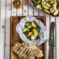 Szaftos grillezett csirkemell fóliában sült zöldségekkel