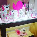 Legújabb márkánk a spanyol Lapetra újdonságait is megnéztük  VICENSAORO-n. De most is találhatsz édes kis cukiságokat gyermekednek vagy magadnak a Fashionwatch üzleteiben! #fashionwatch #fashionwatchhungary #lapetra #shopping #spanish #jewellery #kids #unicorn