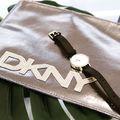 Játék a Fashionwatch Facebook oldalán! Ez a szépséges DKNY neszeszert viheti el egy követőnk. Gyertek, várunk! #trend2018 #fashion #fashionwatchhungary #dkny #game #shopping #musthave