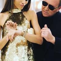 Ha nem tetszik az órád vagy csak új ékszert szeretnél, várunk a Fashionwatch üzleteiben a Teréz körúton és a Campona-ban. 20%-os kedvezménnyel várunk majdnem minden márkánk nál október 11-13-ig. A webshopon is megtalálod az akciót fashionwatch.hu #fashionwatchhungary #michaelkors #watch #luxury #trend #shoppingDay #gold #musthave #yourlufe #yourchoice