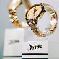 A Jean Paul Gaultier órák legújabb kollekciója már kapható a Fashionwatch üzleteiben és a webshopon! #trend2019 #shopping #designer #jeanpaulgaultierwatches #rosegold #watch #joynapok2018