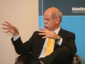 dieter-zetsche-chairman-of-daimler-300x225.jpg