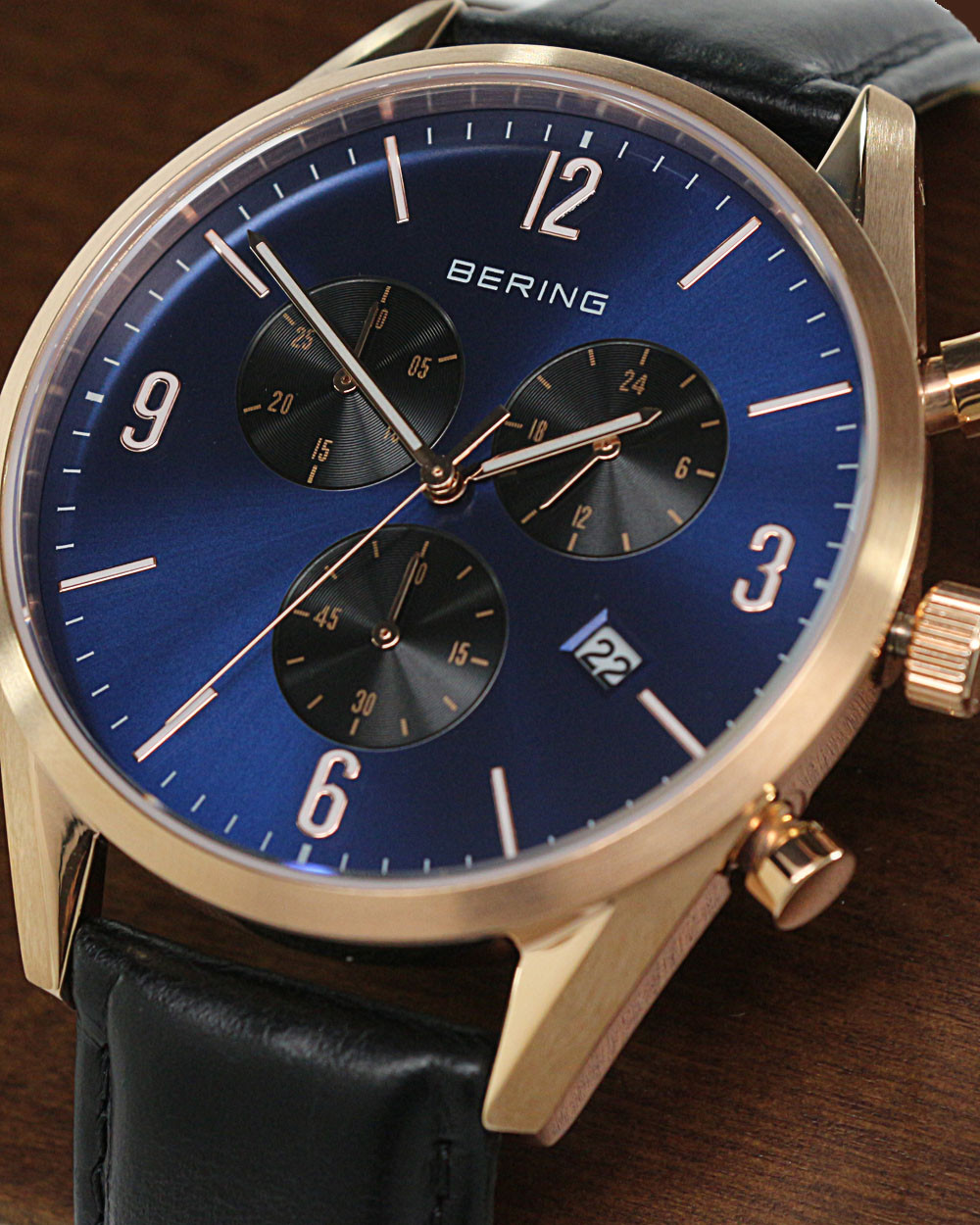 bering_time_classic_10542-567_chronograph_rose_3.jpg