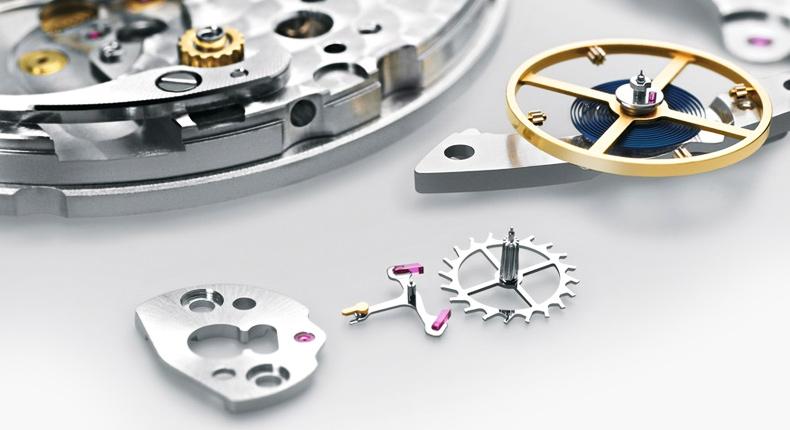 rolex-watch-servicing.jpg