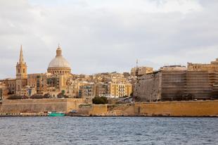 Ahol visszafele jár az óra, hogy megtévesszék az ördögöt-Málta