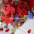 Lila-bordó esküvői asztaldísz
