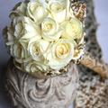 Fehér-arany menyasszonyi csokor