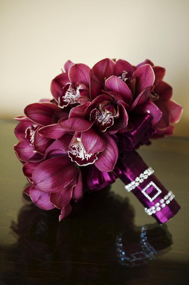 bordo_orchidea_menyasszonyi_csokor.jpg