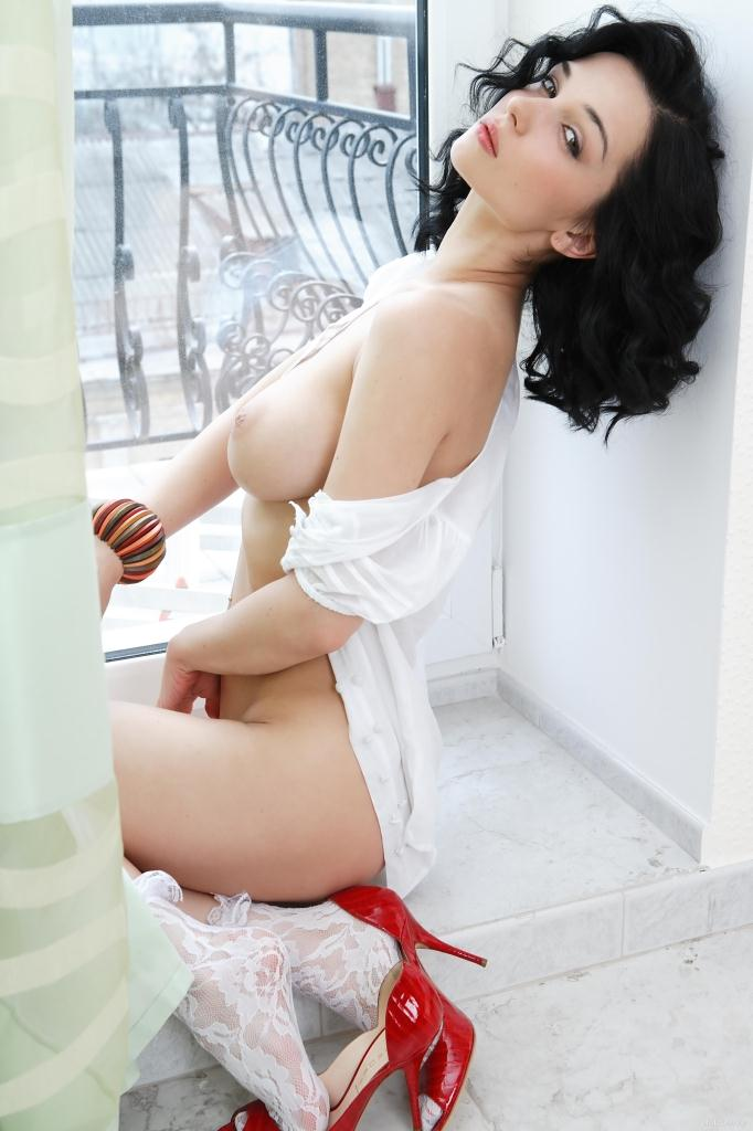 jenya-d-exotic-shoe-eugenia-diordiychuk-eroticbeauty-19.jpg