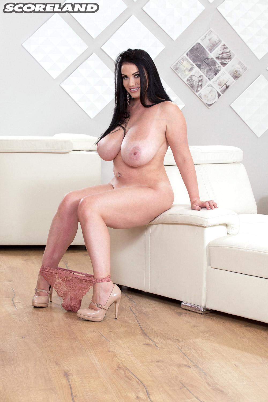 tina-lee-big-tanlined-boobs-10.jpg