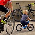 Erre az 5 dologora figyeljünk, amikor a gyereknek (futó)biciklit választunk