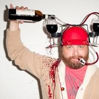 Amikor igenis ihatsz szívószállal bort