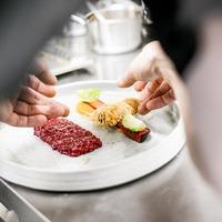 Az osztrák sztárséf a természetes ízekkel hódít