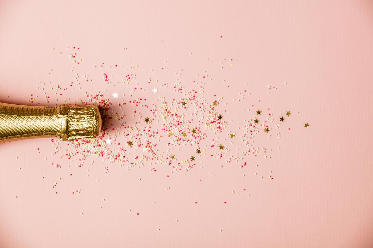 champagne_pezsgo_kapszula_pink_arany_istock.jpg