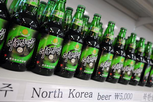 north-korea-taedonggang-beer-border-village-aug11-2011.jpg