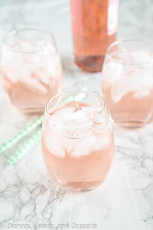 rose-wine-spritzer.jpg