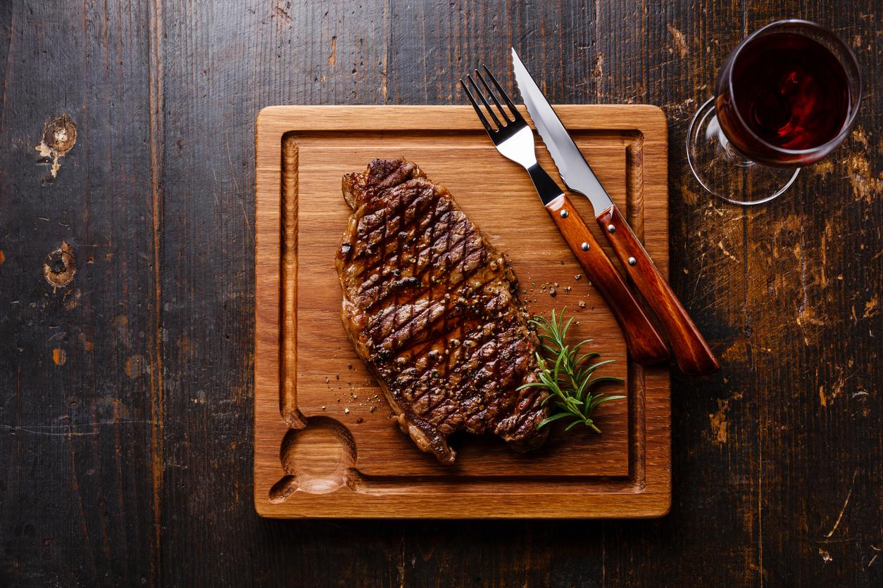 steak_vorosbor_istock.jpg