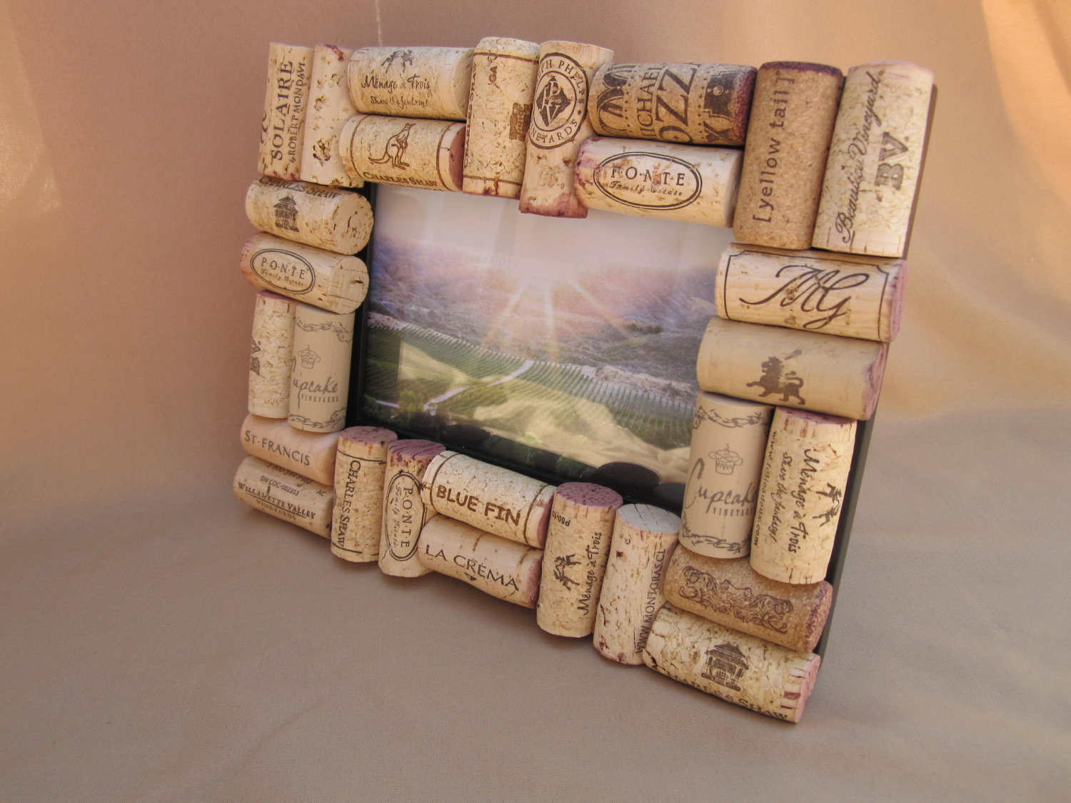 wine_cork_picture_frame.jpg