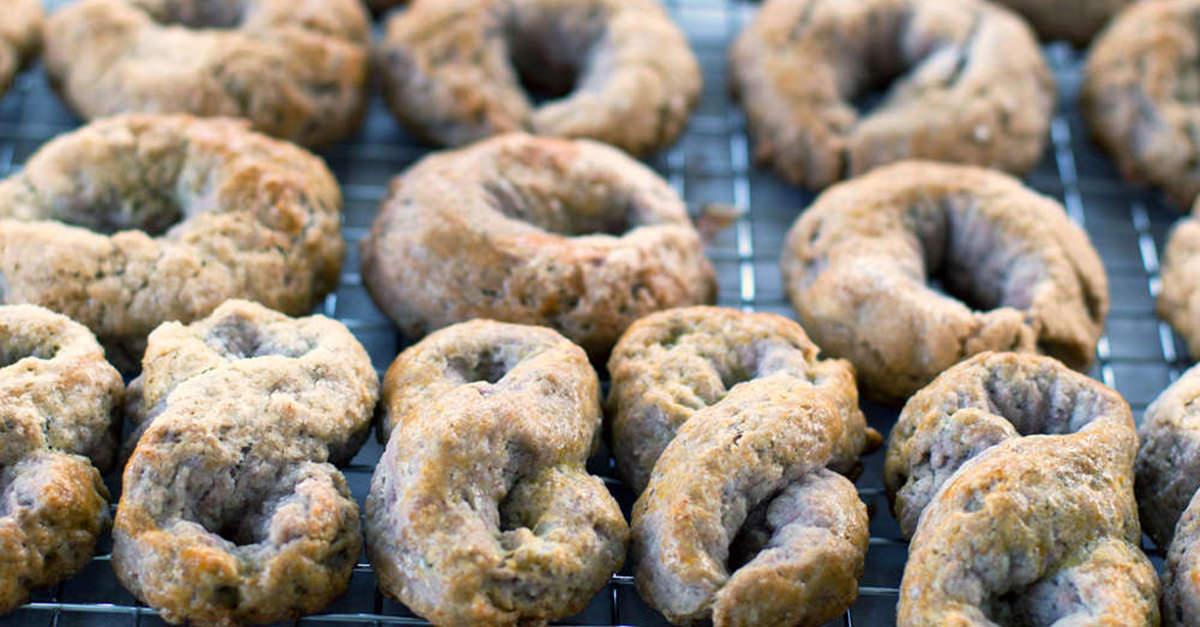 wine-biscuits-soc.jpg