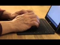 Hogyan készült a Surface érintőbillentyűzete – videó