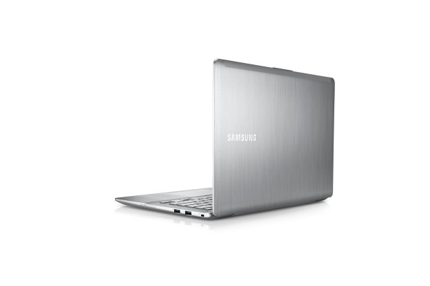 (PC) Series 7 Ultra -13HT_005_Back-open_Bare Metal (Custom).jpg