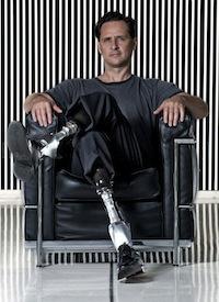 25. A bionikus ember...