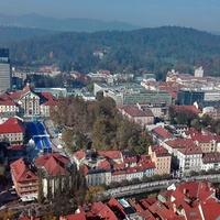 Kék szőnyeg Ljubjanában