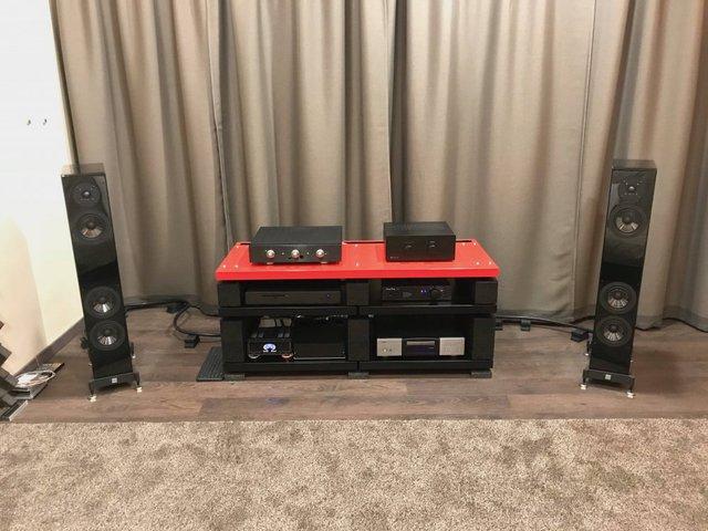 2018.04.15: Vienna Acoustics Baby Grand-ek a fedélzeten