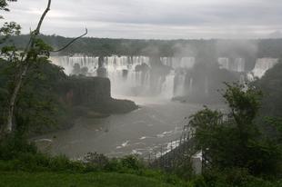 Iguazu. Kóborlások a vízesésnél