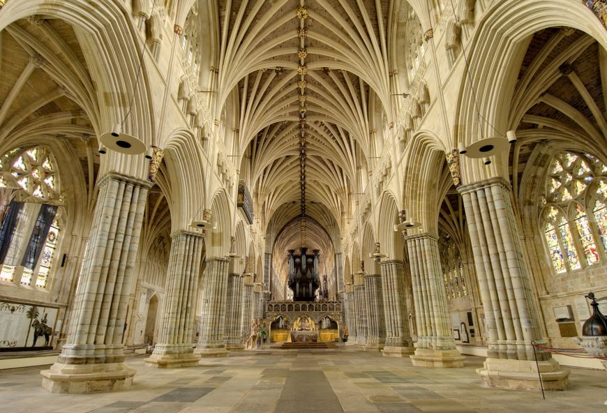 exeter_cathedral_nave_cathedral_pic.JPG